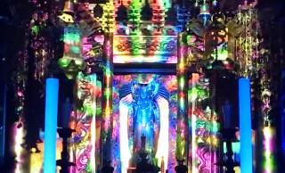 超スーパー極楽浄土だこれ!テクノに合わせてお仏壇が光に包まれる「テクノ法要」がヤバい!