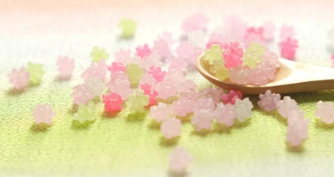 語源はポルトガル語のコンフェイト?和菓子界の宝石「金平糖」の魅力と歴史に迫る