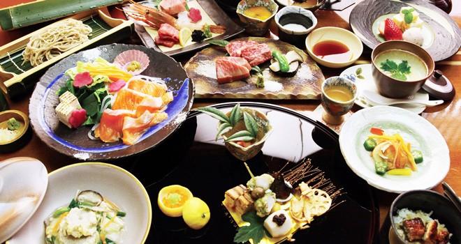 「懐石料理」と「会席料理」の違いとは?おもてなしのフルコース料理はどっち?