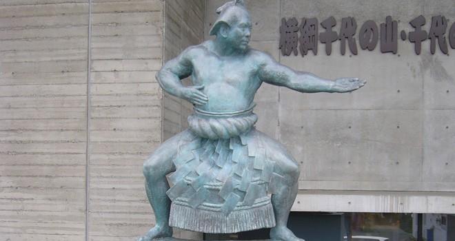横綱の強さか?品格か?賛否両論を呼んだ千代の富士の伝説の取組み