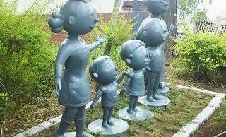 ここはまさに昭和の世界!サザエさんキャラが溢れるステキな街「桜新町」