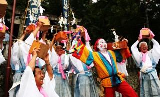 これ一体何?鯛、笑い、信長、たばこ、ケベス… 日本にある変わったお祭りたち
