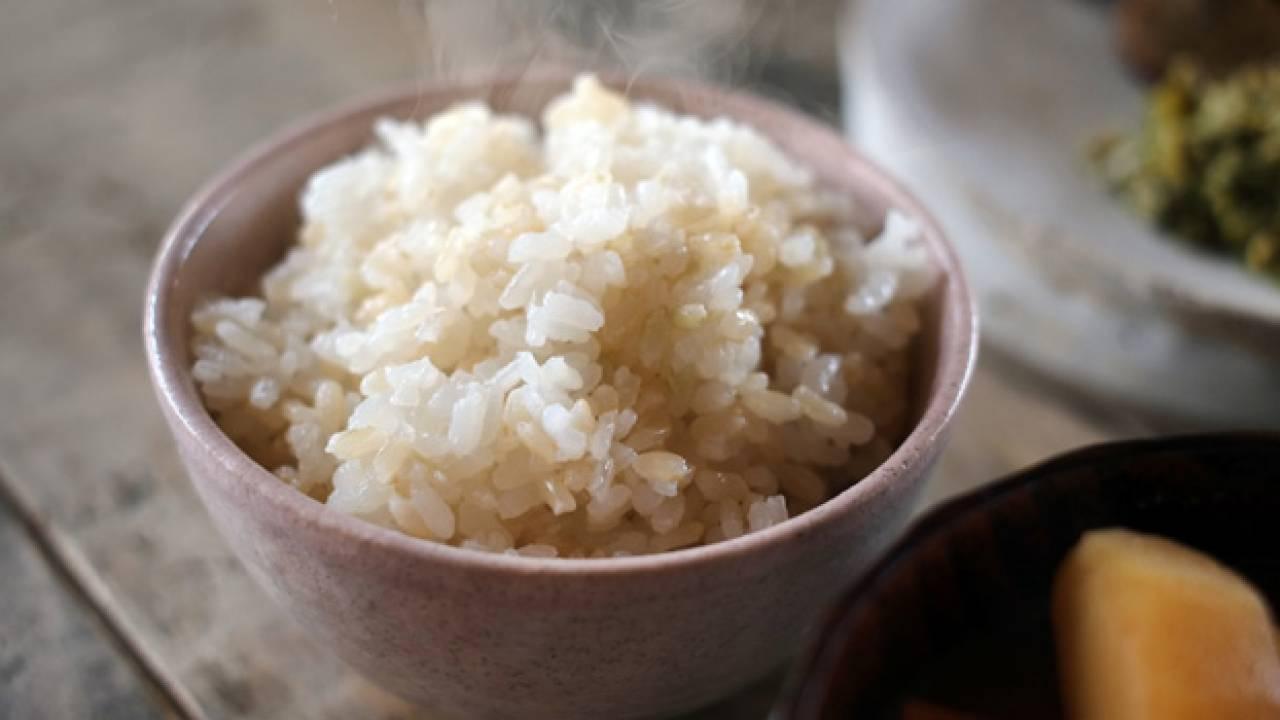 お米を一日に4合も?宮沢賢治の名詩「雨ニモ負ケズ」に描かれた近代日本の米食文化