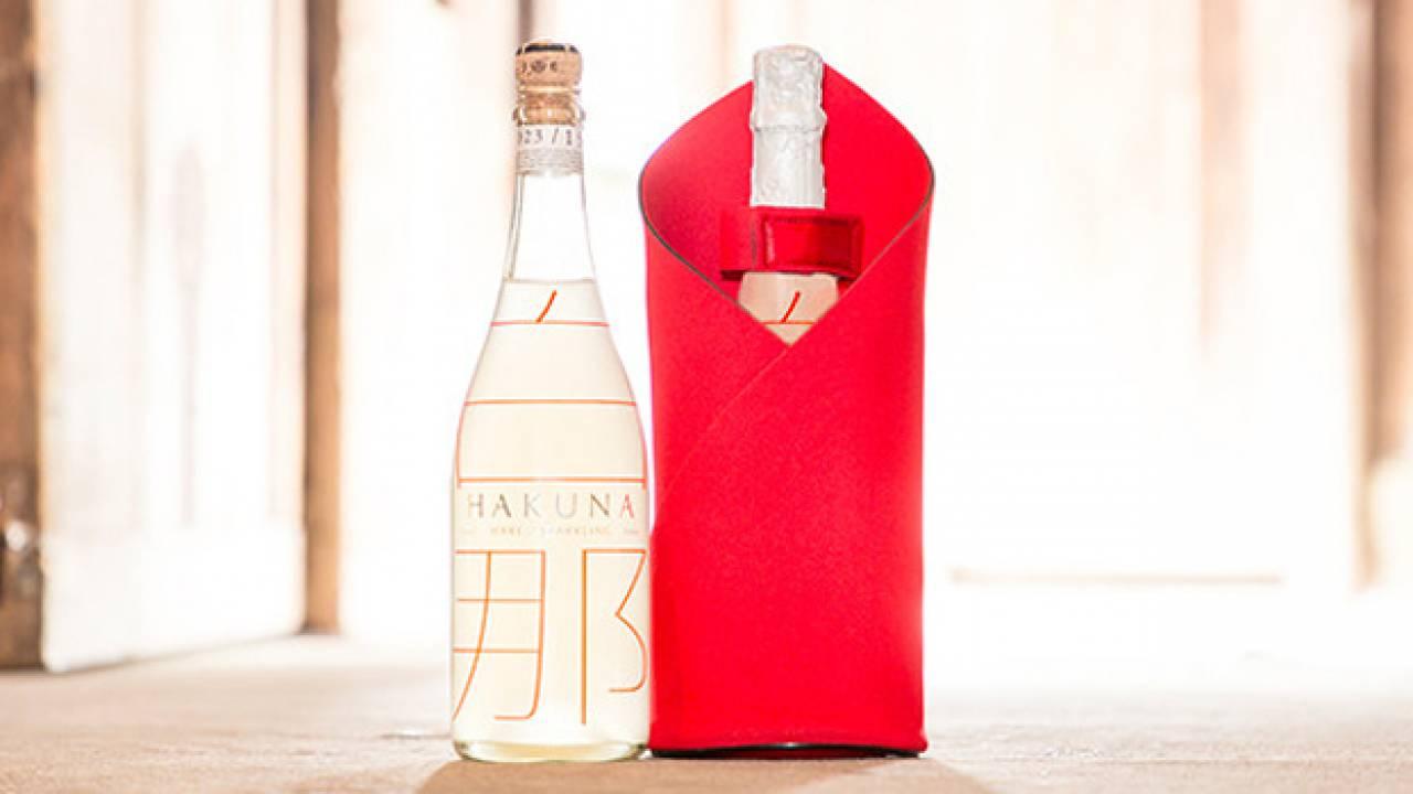 華やかで画期的!雪の結晶が舞う美しすぎる氷点下スパークリング日本酒「白那-HAKUNA-」