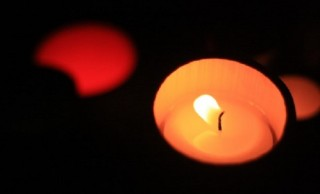 小川未明「赤いろうそくと人魚」の元ネタは、悲しくも恐ろしい悲恋話だった