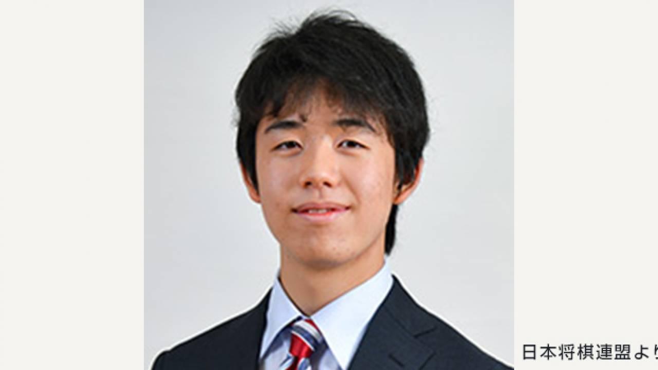 誕生 藤井聡太 五段!中学生の将棋棋士として初の五段に昇段
