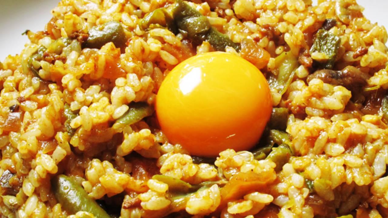 「わろてんか」で注目の的!大阪が生んだハイカラ料理、自由軒の名物カレーとは?