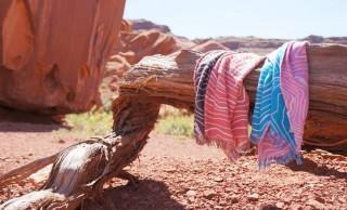 溢れる赤城山愛!伝統織と天然繊維のみで作られたオールシーズン使える「山ストール」