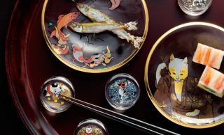 可愛い猫づくし♪歌川国芳が描いた猫たちをあしらった「江戸猫ぐらす 丸皿」がステキ!