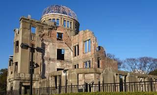 広島原爆の日。1945年8月6日、何が起きたのか?そして悲劇はその後も続いている