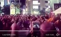 ボン・ジョヴィの名曲で盆踊りを踊る「盆ジョヴィ」を、なんとボン・ジョヴィ本人が反応しスゴい展開に!