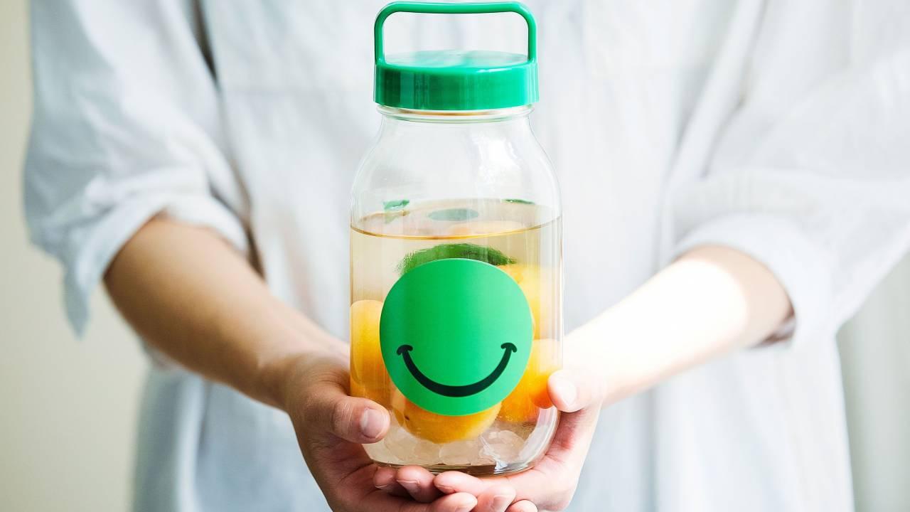 「20歳になったら一緒に飲もうね♪」子供と一緒につくる梅酒のタイムカプセル「NIJYUMARU」が素敵!