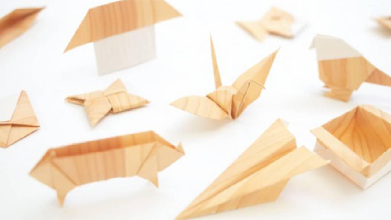 無垢材を薄くスライスしてそのまま折り紙に。香り豊かな「きのかみ」が素敵!