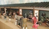 江戸の町並み再現した作品は圧巻!約350点もの和紙人形が楽しめる「和紙人形の世界」展が開催