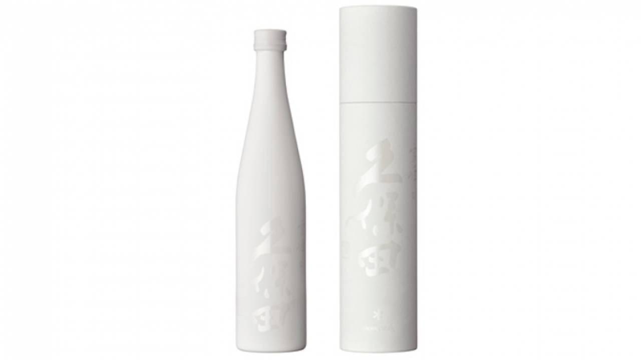 純白の美しボトル!日本酒 久保田から春にアウトドアで楽しむお酒「爽醸 久保田 雪峰」登場!