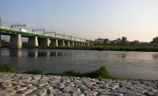 南武線の駅名に「○○河原」や「川」にちなんだ駅名が多い理由は?