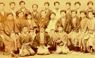 暗唱中もタバコOK!?外国人が驚いた明治初期の自由すぎる日本の学校