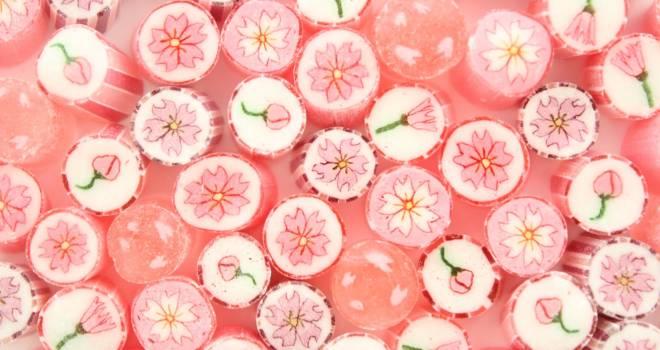 1分咲き〜満開まで色々な桜がデザインされたキュートなキャンディ「桜ミックス」