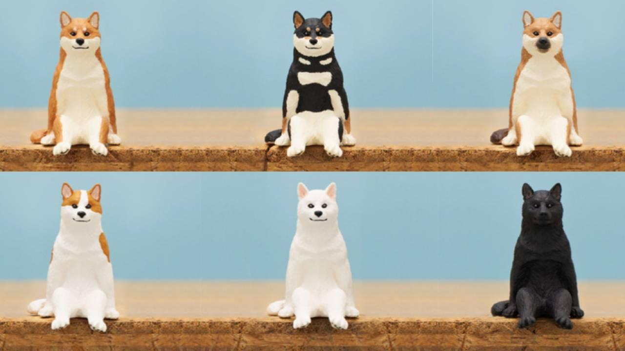 柴犬さんこっち見て座っとる(笑)ミニフィギュア「座る犬」がとってもキュート♡