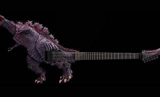 イカツすぎだろこれ!LED発光ギミック搭載の「ゴジラ・ギター覚醒バージョン」が5本限定発売!
