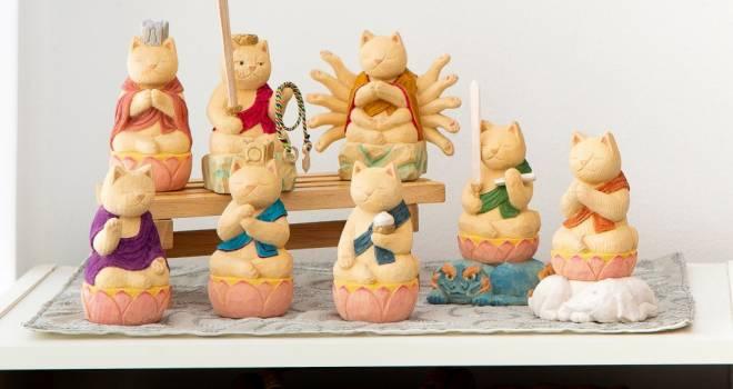 ニャンという可愛さ♡猫仏たちが愛らしさいっぱいの木彫仏像になったよ!