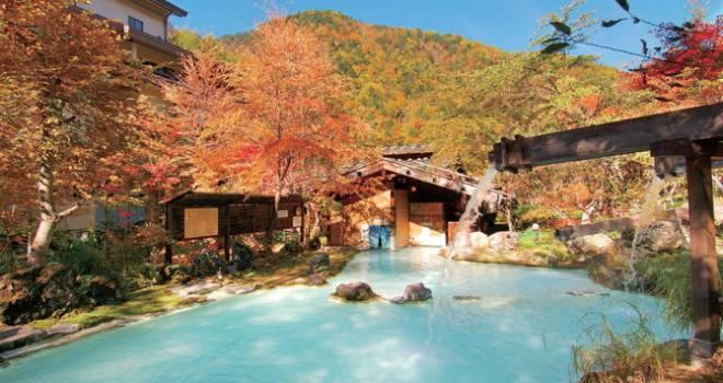 今年は紅葉と温泉のコラボで癒やしを!「この秋行きたい紅葉温泉ランキング」をじゃらんが発表