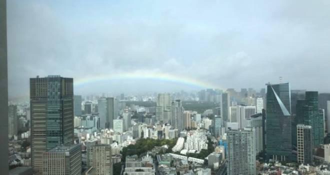 令和の御代を天が祝福!即位礼正殿の儀と共にかかった「奇跡の虹」
