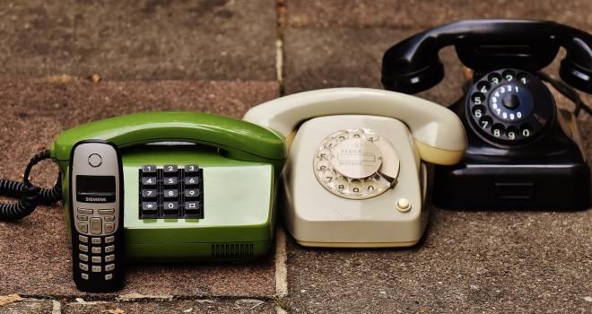 かけ方わかりますか?かつては「タダがけ」されまくっていた公衆電話の歴史に迫る