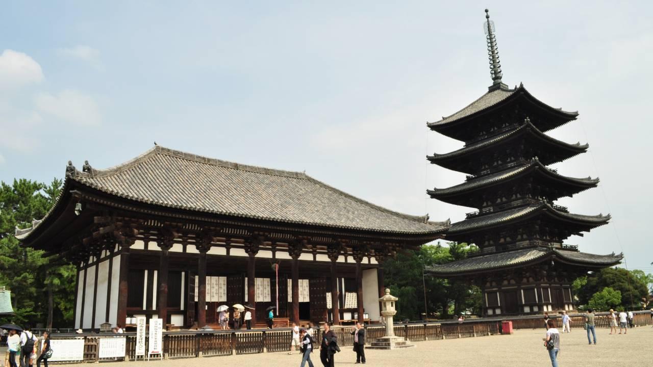 お寺で拝むべきは仏像より五重塔!?そもそもお寺の塔って何のためにあるの?