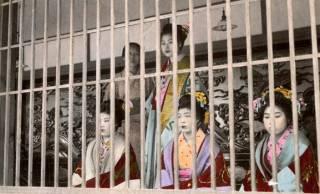 吉原遊郭は遊女だけでなく店(見世)自体にもランクがあった。見分け方と揚げ代の違いは?