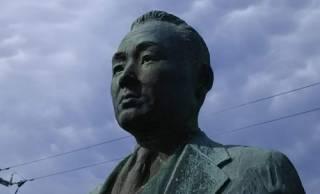 ありふれた銅像に意外なドラマが?南房総の観光事業を興した島津良男のエピソード