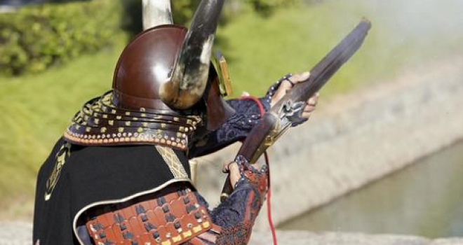 戦国時代のハニートラップ!日本初の火縄銃づくりに貞操を捧げた17歳の乙女「若狭」【前編】