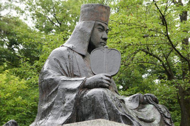 上杉謙信の像