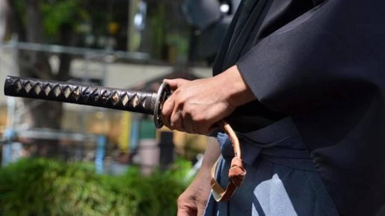 逃げ回る者をうまく斬首するには?江戸時代の武士道バイブル『葉隠』による介錯のコツ