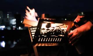 和柄の陰影が静かに揺れる焚き火台「和柄焚火台」でいつもとは違ったキャンプ体験を!
