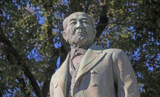 新旧1万円札の顔「福沢諭吉」と「渋沢栄一」実は知り合いだった!2人の共通点など紹介