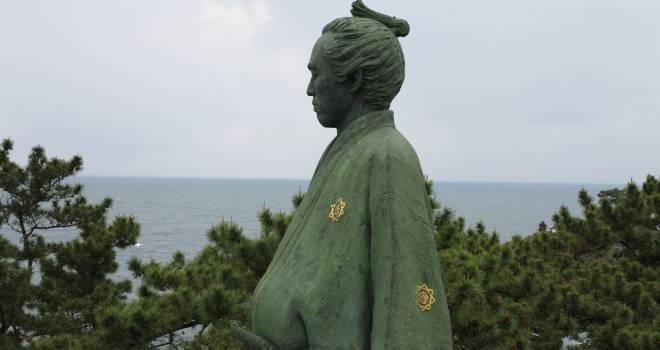 詐欺師か天才交渉人か?日本初の商社をつくり賠償金35億を手にした坂本龍馬の話