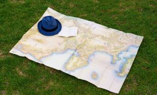 このアイデア好きだわ♡地理学界のレジェンド・伊能忠敬による実測地図「伊能図」がレジャーシートになった