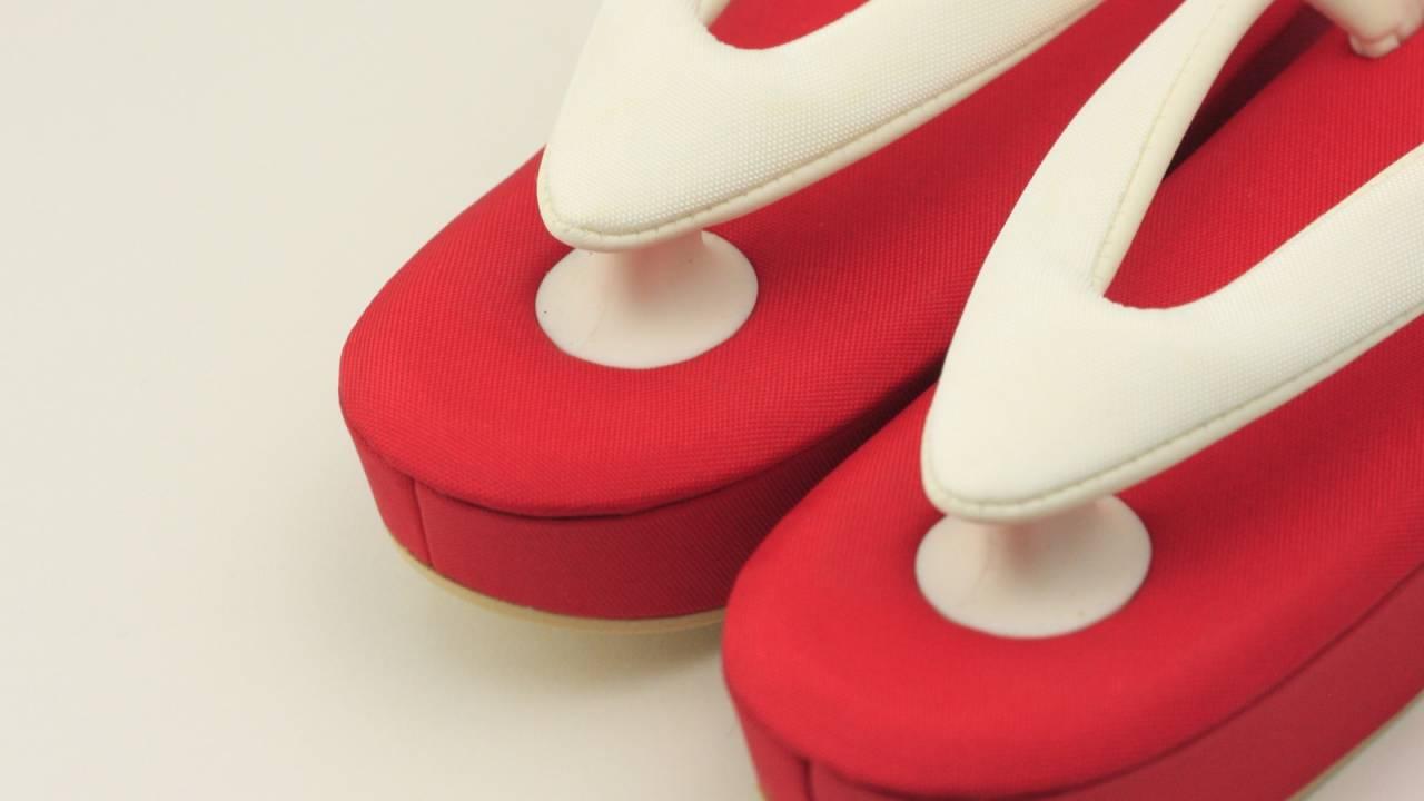 伝統的なデザインと実用性を兼ね備えた才色兼備なはきもの「kodori(コドリ)」誕生